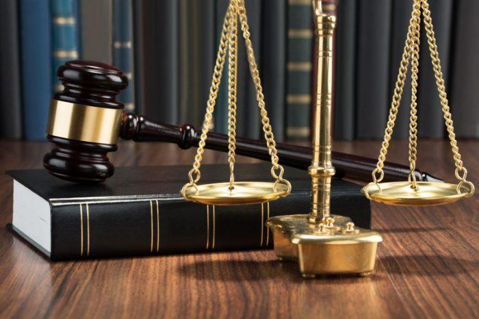 делить материальные ценности придется в суде