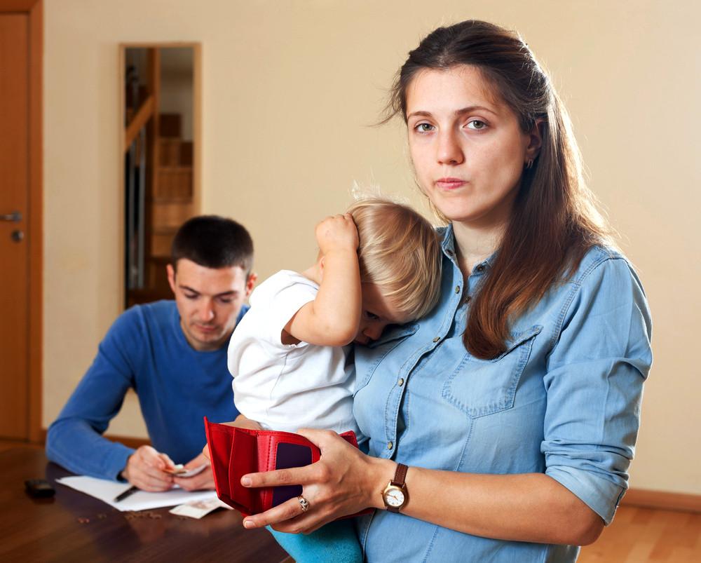 Как подать на алименты беременной жене, находящейся в декретном отпуске{q} 2019