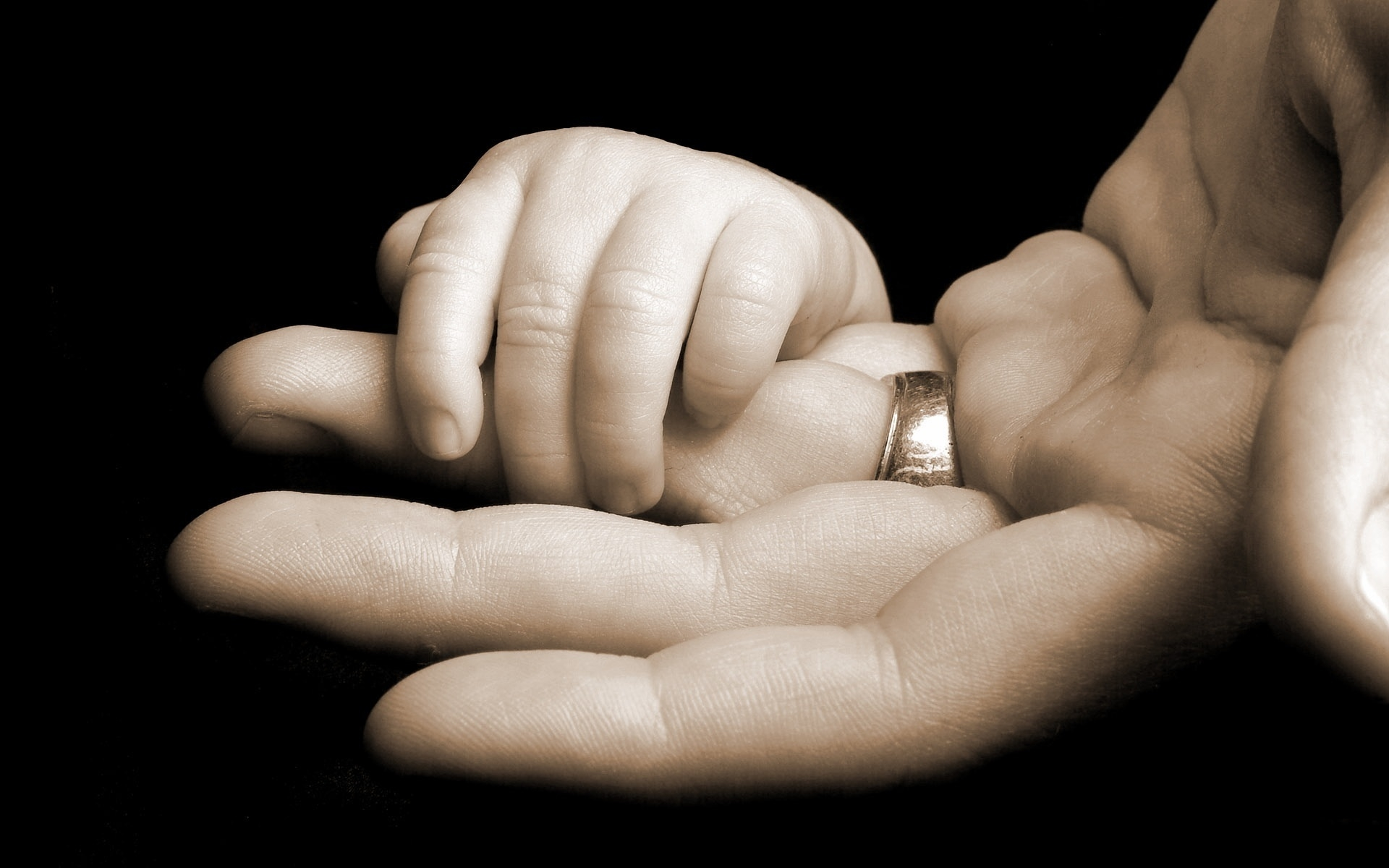 Как установить отцовство после смерти отца в судебном порядке