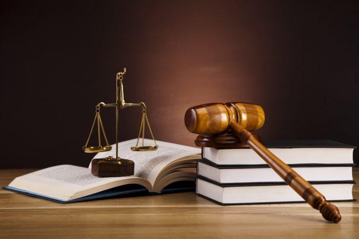 наследникам требуется обратиться в суд